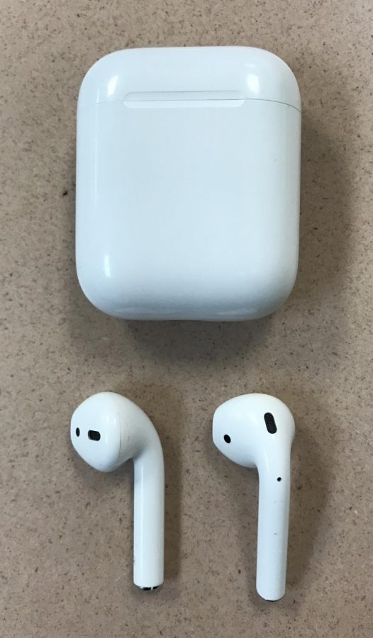 The Pros and Cons of AirPods