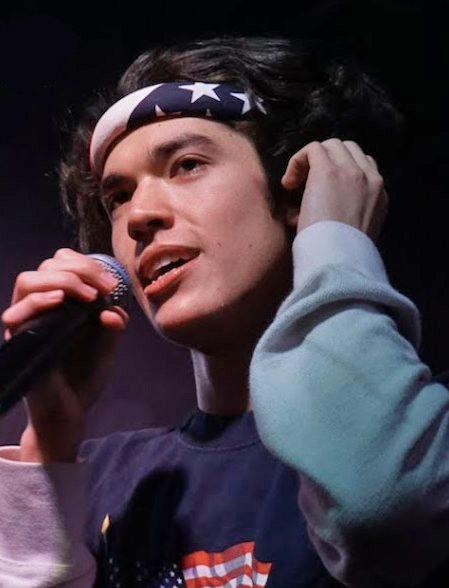 https://upload.wikimedia.org/wikipedia/commons/6/68/Conan_Gray_U_Street_Music_Hall_March_2019_1.jpg