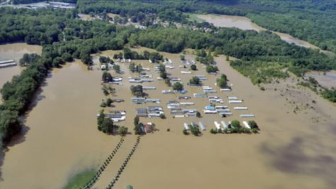Homes filled with water in Central Tennessee as resident